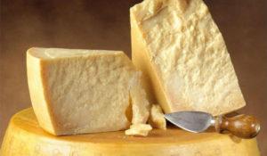 Чем можно заменить сыр Пармезан