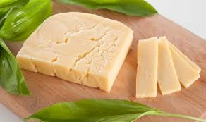 Состав, польза и свойства голландского сыра