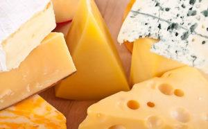 Чем отличается сыр от сырного продукта