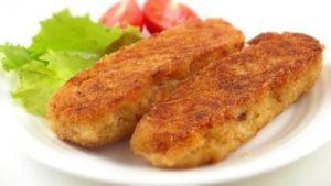 Готовим вкусные картофельные палочки с сыром