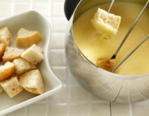 Как можно быстро растопить твердый сыр