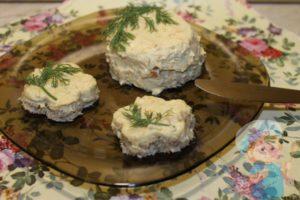 Как можно приготовить форшмак с морковью и плавленым сыром