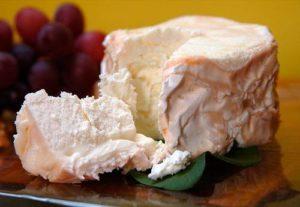 Как самому приготовить вкусный сыр из простокваши