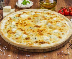 Как сделать пиццу «4 сыра» дома