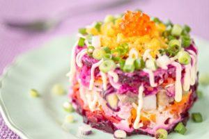 Самые вкусные рецепты салата «Селедка под шубой» с сыром
