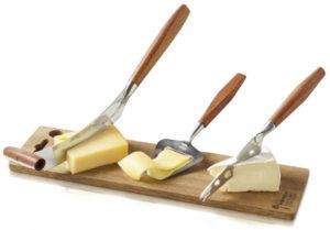 Как и каким ножом правильно резать сыр