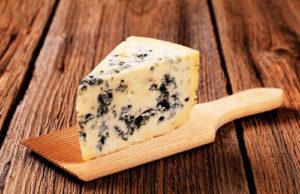 Как приготовить сыр Рокфор дома и его особенности