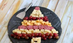 Как сделать красивую и вкусную елочку из сыра