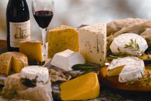 Какие самые популярные и вкусные твердые сорта сыра существуют