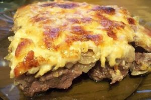 Самые вкусные рецепты говядины с сыром в духовке