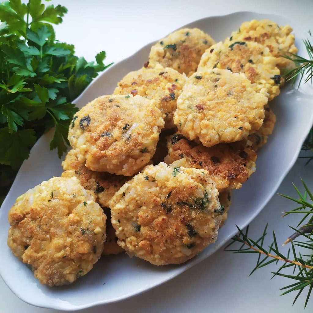 Сыр Тофу: что из себя представляет и как его приготовить дома