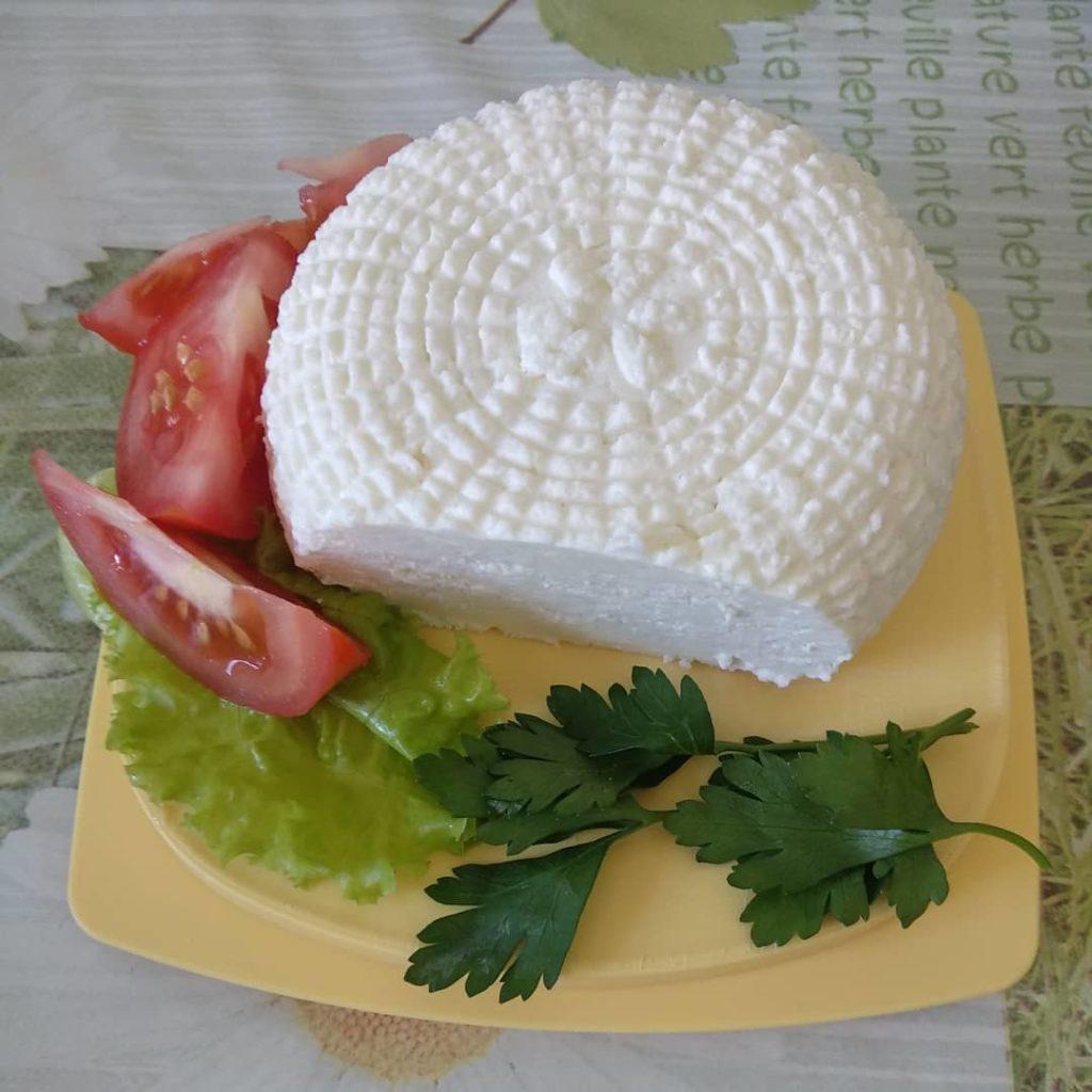 Адыгейский сыр: описание сорта, состав, способы приготовления в домашних условиях