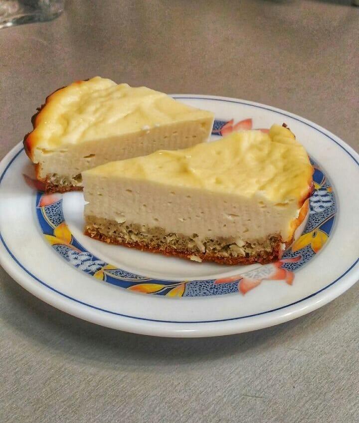 Сыр рикотта: описание, состав, польза, с чем едят и что можно приготовить