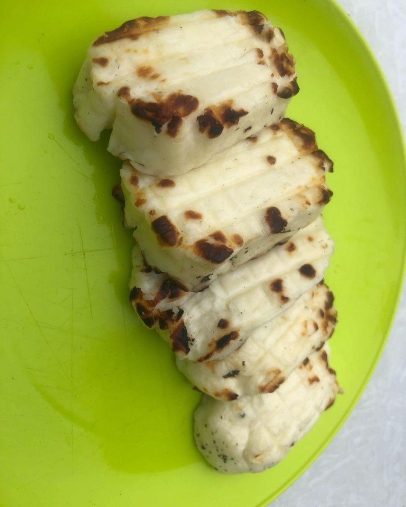 Сыр Халуми: состав, описание, как жарить и что можно из него приготовить