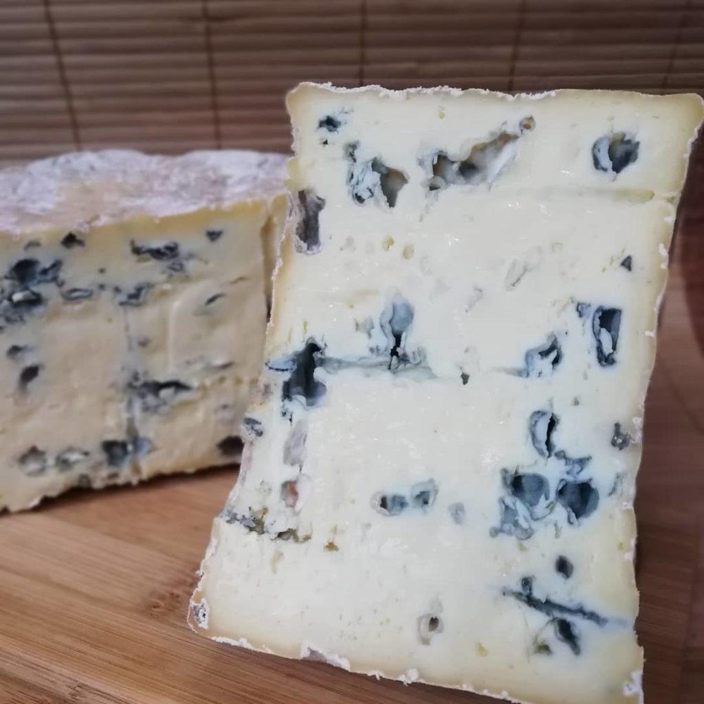 Рокфор: что за сыр, описание, вкус, польза, рецепты приготовления