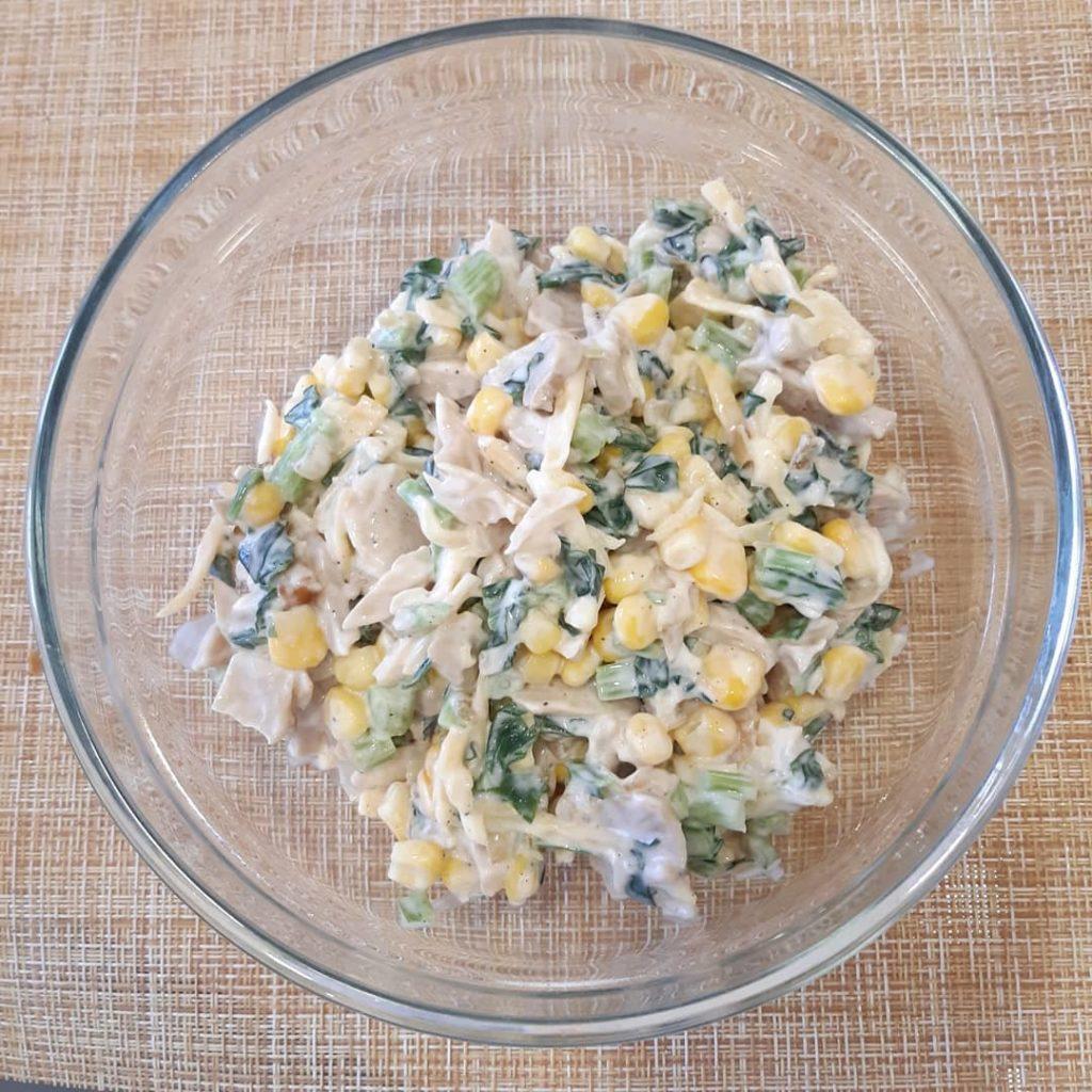 Салаты с сыром - 23 интересных рецепта приготовления